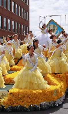 Daffodil Parade - I remember being in this parade when I was little! They hand out Daffodils along the parade route.