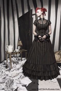 Emilie Autumn - The dress!!