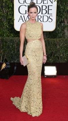 Emily Blunt looking fab at the Golden Globes.  She always kills those red carpet looks!