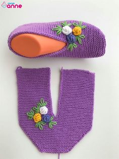 - Tricot - Hausschuhe stricken - – Tricot Informations About - Easy Knitting, Knitting Socks, Knitting Stitches, Crochet Boots, Crochet Baby, Knit Crochet, Baby Knitting Patterns, Crochet Slipper Pattern