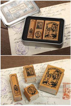 Wizard of Oz stamp set in tin