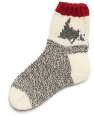 Picture end result for newfoundland knitting patterns for slippers Knitting Videos, Loom Knitting, Knitting Socks, Knitting Patterns Free, Free Knitting, Crochet Patterns, Knit Socks, Free Pattern, Fun Socks