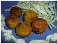 Le Ricette della Nonna: Polpettine di zucca con insalata di cavolo cappucc... Baked Potato, Potatoes, Baking, Grande, Ethnic Recipes, Food, Mayonnaise, Patisserie, Potato