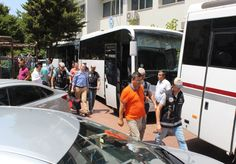 Gözaltına alınanların aileleriyle vatandaşlar arasında tartışma - Çınar Haber Ajansı