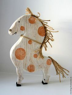 Horse Crafts, Wood Crafts, Diy And Crafts, Wood Projects, Woodworking Projects, Whittling Wood, Wood Animal, Found Object Art, Wooden Shapes