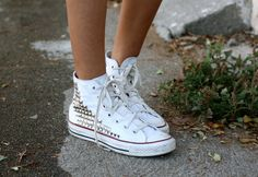 Need. Now.: Studded, high-top Converse