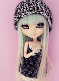 My favourite doll it and she at pretty and her clothes I would ware those clothes are they in my size !!!!!?
