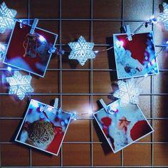 Самый лёгкий и доступный способ сохранить воспоминания - прикрепить любимые фото на нашу уютную гирлянду. Лампочки подсветят памятные моменты, а... Personalized Gifts, Christmas Bulbs, Holiday Decor, How To Make, Handmade, Home Decor, Hand Made, Decoration Home, Customized Gifts