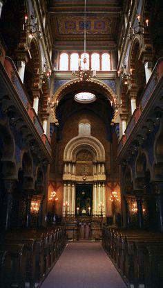 Jubilee Synagogue, Prague Jewish Synagogue, Jewish Temple, Religious Architecture, Beautiful Architecture, Prague Travel, Prague Czech Republic, Place Of Worship, Torah, Prague