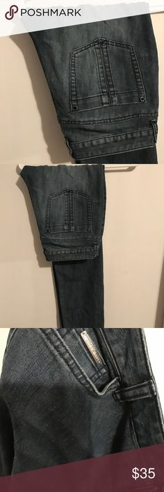 Michael kors denim jeans Very good used condition. Feature some stretch and really sexy on the really flatter the backside MICHAEL Michael Kors Jeans Skinny