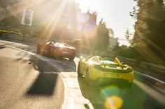 Ferrari 458 Spider vs McLaren 12C Spider