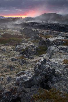 Lavavelden bij zonsondergang - Leirhnjukur, IJsland