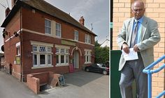 Curry house chef prepared food after wiping his bottom with bare hands #DailyMail
