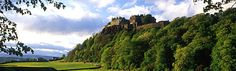 I want to stay in an old castle reserved for me alone so I can explore it's haunting history uninterrupted Scotland Castles, Scottish Castles, Vacation Destinations, Dream Vacations, Castles To Visit, Stirling Castle, Famous Castles, Haunted History, Scotland Travel