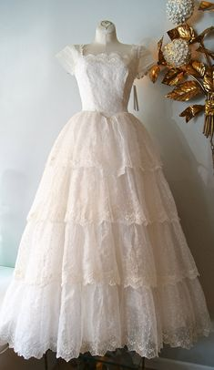 Vintage 1950's Wedding Dress ~ Eyelet Lace  With Tiered Skirt and Cap Sleeves