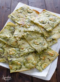 SCHIACCIATA ALLE ZUCCHINE Senza Lievito (Ricetta Velocissima) - Welcome to our website, We hope you are satisfied with the content we offer. Healthy Crockpot Recipes, Vegetarian Recipes, Cooking Recipes, Enjoy Your Meal, Ground Meat Recipes, Antipasto, Vegan Dishes, Italian Recipes, Food Inspiration