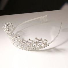 Corona Tiara Diadema Nupcial Novia Boda Diamante de Imitación CR182D es.tmart.com #corona #tiara #diadema #crown #novia #nupcial #wedding #boda #fiesta #evento #queen #princesa #princess #reina #moda #belleza #beauty #plata #birthdayparty #makeupparty #party #regalo #gift #girl #wishlist #navidad #christmas #tmart #Tmart #joyas #joyeria #jewellery #pulsera #anillo #pendiente #collar #silver #oro #lujo #accesorios #bridal #headband