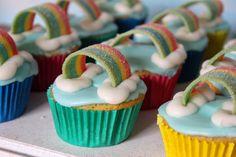 Green Gourmet Giraffe: Simple birthday cakes: rainbow cupcakes ...