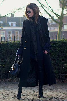 Zara Coat, Maison Martin Margiela Oversized Sweater, Marc By Marc Jacobs Bag, Ray Ban Sunglasses | Dark tones (by Christine R.) | LOOKBOOK.nu