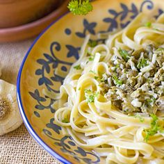 The Midnight Baker: Linguine with White Clam Sauce