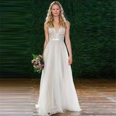 Stunning Deep V-Neck Lace Chiffon Dress. Beach Wedding Dresses 2017Boho ... eb1b6b617109