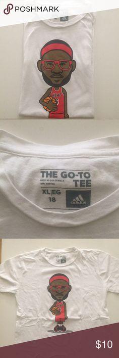 11907806 Nike T-shirt Lebron James Kids Nike T-shirt Lebron James No stains Barely  worn Size XL Nike Shirts & Tops
