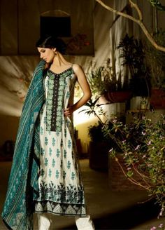 Khaadi-Lahore-store-new-dress-collection-2013-2014 Picture