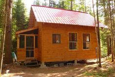 mark lacroix small cabin 7 600x400   Small Cabin in the Woods: Living The Simple Life Off the Grid