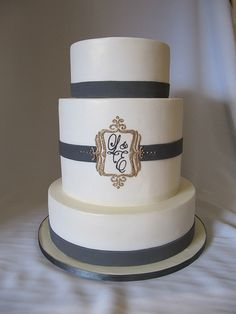 GREY GOLD WEDDING CAKE - Google Search