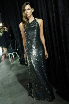 Fernanda Motta veste Black Suit Dress no Baile de Carnaval da Vogue 2015! Acesse www.blacksuitdress.com.br #vestidodefesta #estilo #aligueldevestidos #vendadevestidos #vestidosdefesta #blacksuitdress #elegancia #madrinha #formatura #formanda