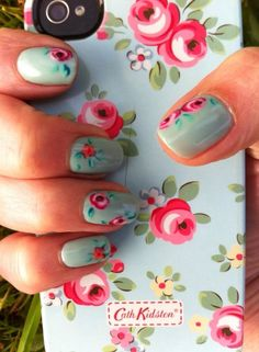 23 Beautiful Floral Nail Art Designs You Will Love Fabulous Nails, Gorgeous Nails, Amazing Nails, Cath Kidston Nails, Hair And Nails, My Nails, Iphone Cover, Nailart, Floral Nail Art