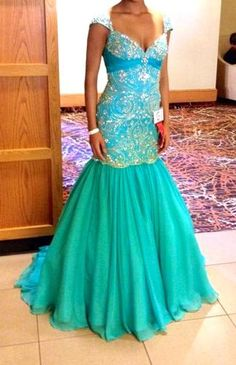 www.pageantresale.com - This is a GORGEOUS teal/aqua Sherri Hill gown.  The color really pops on stage! Has been altered to fit a size 0/2, no length taken from bottom. Bought for $650, asking $400
