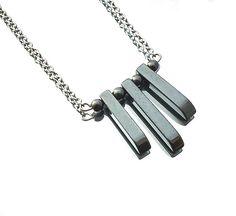 SIMPLICITY hematite bars necklace grey hematite bars door deBATjes