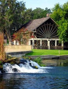 Slideshow of 11 Florida State Parks. In this photo: De Leon Springs State Park, not far from Orlando. Eat at the Old Sugar Mill where you can cook your own pancakes at your table and then take a bike ride or hike to the fabled Fountain of Youth. There is also the cool, and I mean cool, spring for a swim and plenty of picnic areas.