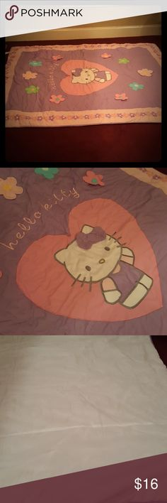 Hello Kitty twin comforter Super cute. EXTREMELY clean HK comforter. Hello Kitty Other