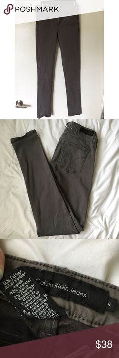 Grey Calvin Klein Skinny Jeans Jeans are super comfortable, fabric is very soft and has a nice stretch to it. Calvin Klein Pants Skinny