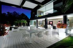 Modern villa in Madrid. Stunning!