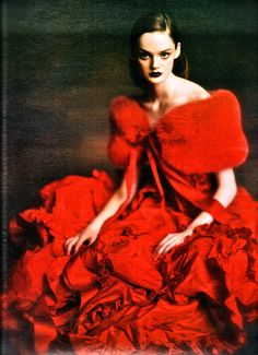 """Lisa Cant, """"Ladies in Waiting"""" in W Magazine  Photographed by: Paolo Roversi"""