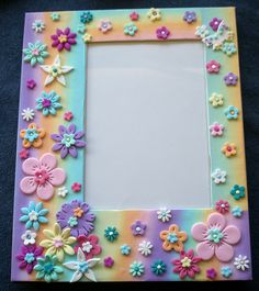 Photo frame for a little girl - gift Polymer Clay Kunst, Fimo Clay, Polymer Clay Projects, Polymer Clay Creations, Polymer Clay Jewelry, Photo Frame Crafts, Picture Frame Decor, Foto Baby, Polymer Clay Flowers