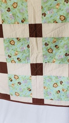 Baby Quilts Easy, Baby Patchwork Quilt, Patchwork Quilt Patterns, Beginner Quilt Patterns, Baby Girl Quilts, Quilts For Babies, Simple Quilt Pattern, Modern Baby Quilts, Baby Quilts To Make