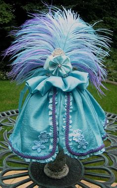 Marie Antoinette Dress Form Swap...I'd so strut around in this