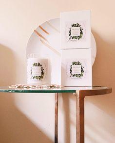 Table Furniture, Furniture Design, Candels, Handmade Candles, Floating Shelves, Presents, Interior Design, Lima, Home Decor