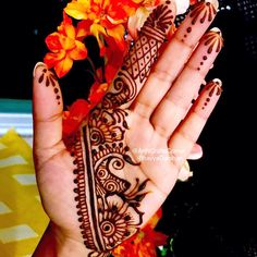 """12 Likes, 1 Comments - Art&CraftsCorner (@artncraftscorner) on Instagram: """"A gorgeous henna design for a beautiful friend @janmen28 ❤️ Swipe to see closeup pictures  . . .…"""""""