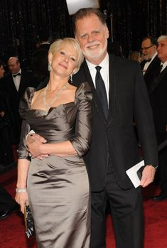 Helen Mirren Husband, Over 50 Womens Fashion, Fashion Over 50, Celebrity Couples, Celebrity Style, Dame Helen, Classy Couple, Formal Cocktail Dress, Famous Couples