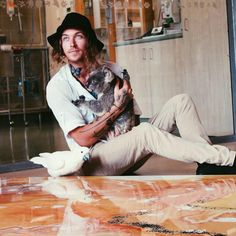 Australian artist Mitch Gobel has donated $43,000 and counting towards wildlife and habitat conservation | 1 Million Women