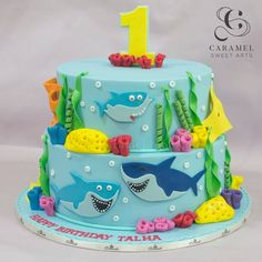 Regrann from - It's time for a fin-tastic birthday party! Here's a Baby Shark Doo Doo Doo Doo Cake by King Birthday, Twin First Birthday, Baby Boy Birthday, Birthday Cake Girls, Boy Birthday Parties, Birthday Ideas, Shark Birthday Cakes, Shark Cake, Occasion Cakes