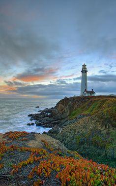 Pigeon Point Lighthouse -Pescadero - California - USA (bySacha Fernandez)