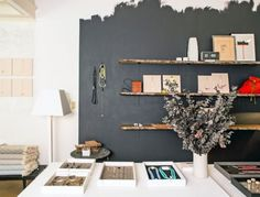 Home Interior Grey Half Painted Walls, Wall Design, House Design, Interior And Exterior, Interior Design, Rustic Home Interiors, Colored Ceiling, Wall Finishes, Creative Walls
