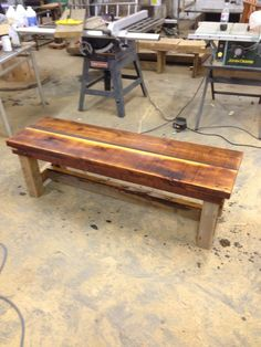 Beautiful bench! Reclaimed Wood Benches, Primitive Crafts, Outdoor Furniture, Outdoor Decor, Table, Beautiful, Home Decor, Decoration Home, Room Decor