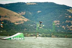 WIND SURFING HOOD RIVER OR | Hood River, Oregon: Kiteboarding Guide - SBC Kiteboard Magazine THEY FLY HIGH IN THE AIR!